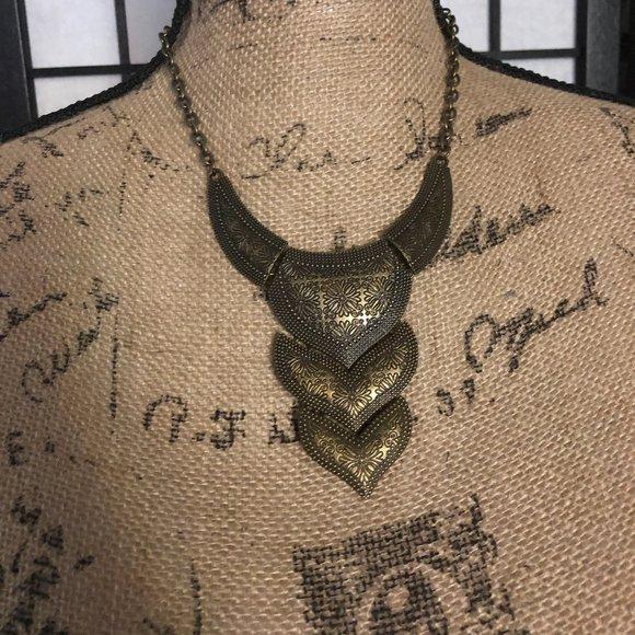 Vintage Paparazzi Brass necklace